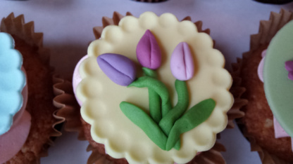 Cupcake met tulpen